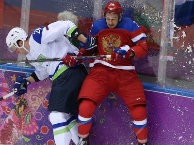 Представители Войнова: хоккеист не бил жену, полиция все неправильно поняла