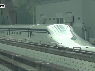 Будут запускать, пока не взлетит? Японцы разогнали поезд до скорости самолета
