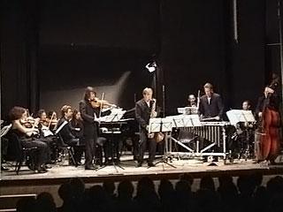 В программе сегодняшнего вечера - гала-концерт с участием ведущих