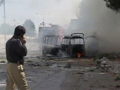 Вести.Ru Семнадцать человек погибли при взрыве бомбы в Пакистане