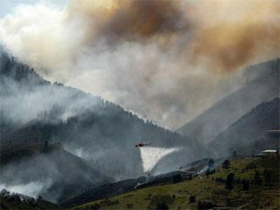 Сотни жителей штата Аризона эвакуированы из-за лесных пожаров