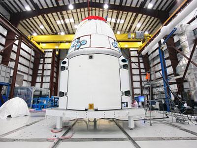 Boeing и SpaceX будут строить новый пилотируемый корабль для НАСА