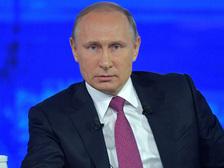 """Путин про """"Прямую линию"""": администрация анализирует все обращения"""