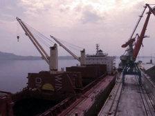 ООН запретила четырем судам, нарушившим санкции против КНДР, входить в порты