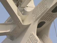 Строители моста в Крым установили все опоры автодорожной части