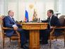 Работу Путина одобряют 81%% россиян, Медведева - 43%%
