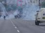 Безоружные - против броневиков: тысячи человек митингуют в Каракасе