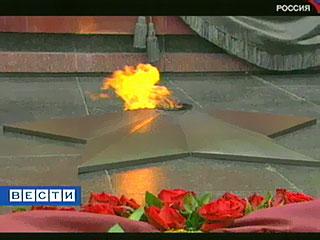 В этом году знаменитому мемориалу в Александровском саду исполняется 40 лет
